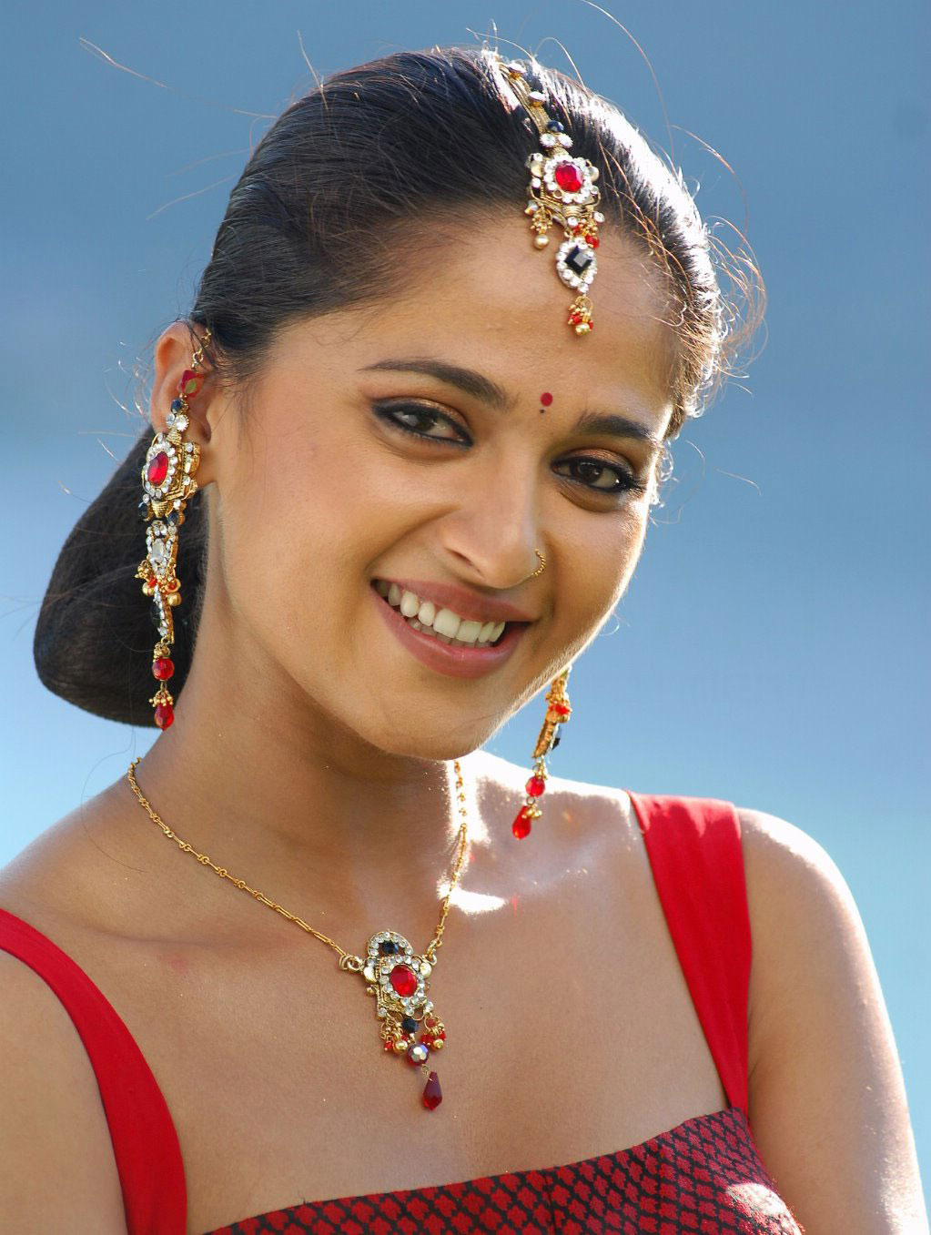 Tamil actress anushka shetty hot hd wallpapers actress models hot pictures photos gallery - Tamil heroines hd wallpapers ...