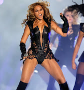 Many of the players celebrated at the end zone with the Beyonce booty dance. beyonceslamsthesuperbowlhalftimeshow shuttingdownallherhatersvideoinside