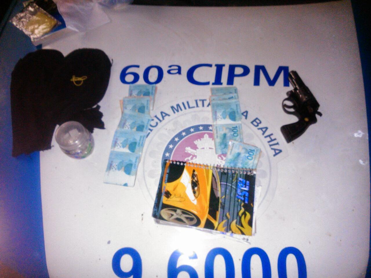 gandu-pm-prende-homem-com-arma-e-droga