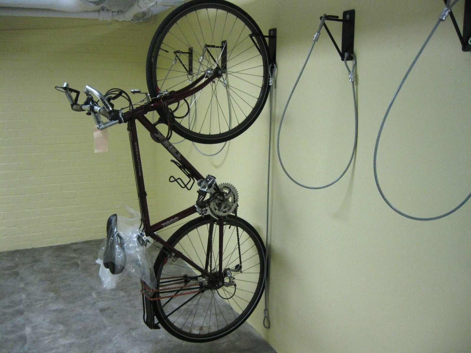 nyc bike storage how to design bike storage rooms in nyc gales wall mount bike racks headed to. Black Bedroom Furniture Sets. Home Design Ideas