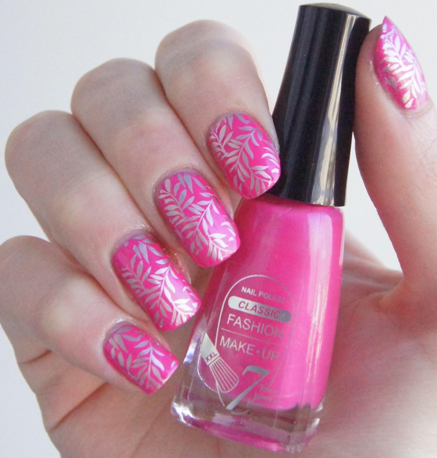 nail art rose argent