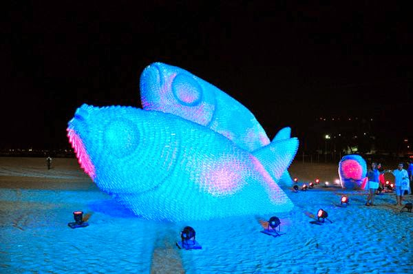 Giant Fish Sculptures Made from Discarded Plastic Bottles in Rio 4