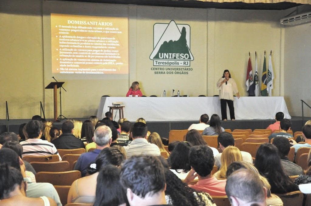 A promotora de justiça Dra. Anaíza Malhardes falou sobre os efeitos jurídicos e sociais da utilização de agrotóxicos