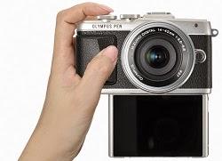 Kamera Mirrorless Olympus PEN E-PL7, Selfie