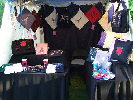 Craft Show Display Tents http://mischyfcouture.blogspot.com/2012/07/our-first-craft-tent-setup.html