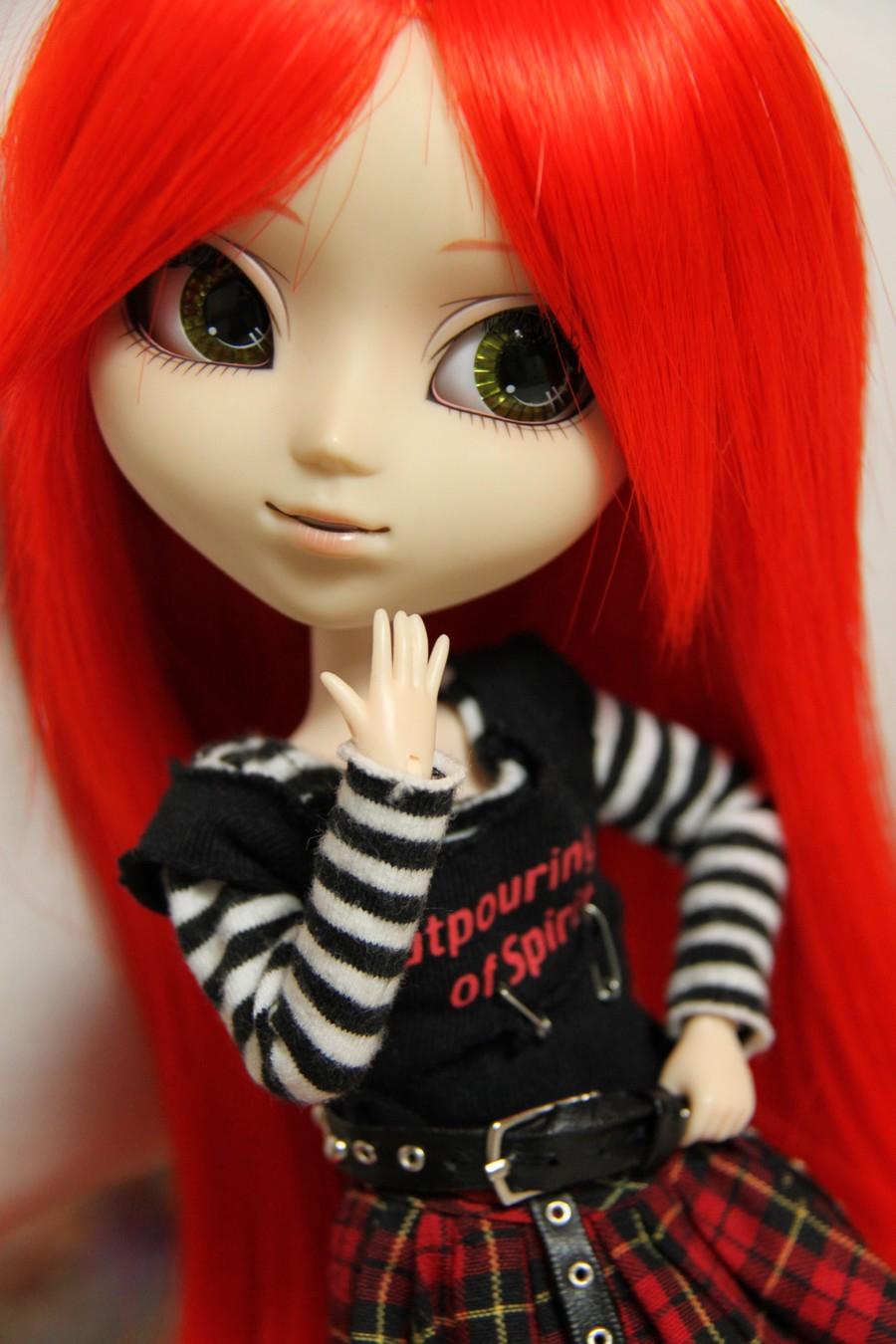 Mundo cor de rosa: bonecas rockeiras e patricinhas Avril Lavigne