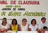 Clausura Diputada Silvia Aviles Cursos Escolares Calkiní. 13jul11.