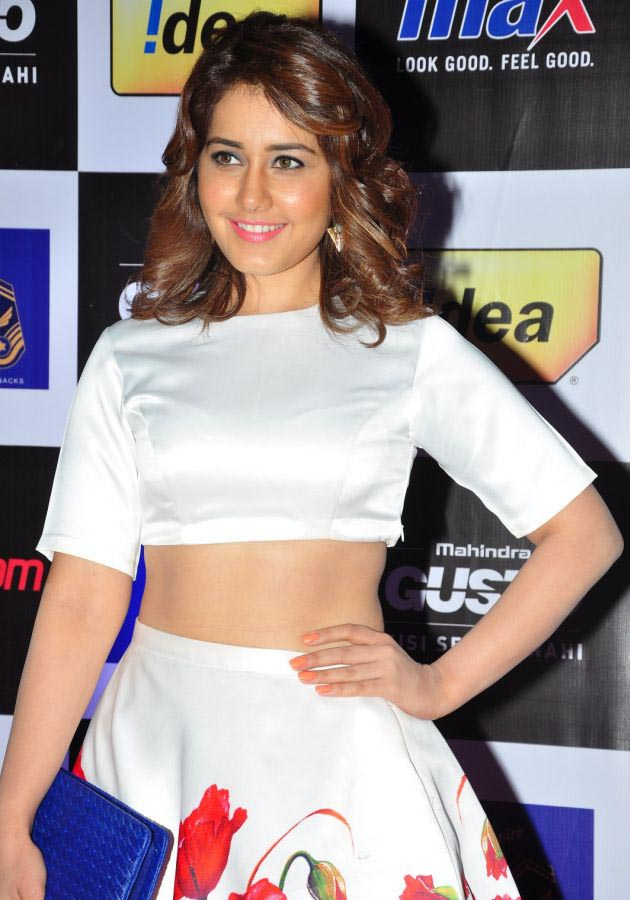 Rashi Khanna latest HD images At Mirchi Music Awards South