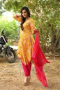 diksha panth latest glam pics-thumbnail-20