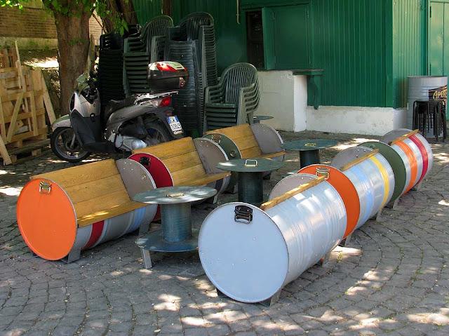 Barrel benches, Ponte Milvio, Rome