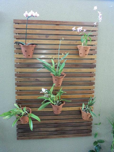 grades madeira jardim:Loucuras de uma Construção: Painel para jardim vertical.
