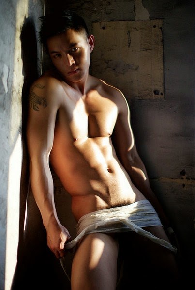http://gayasiancollection.com/hot-asian-hunks-big-muscle-hunks/