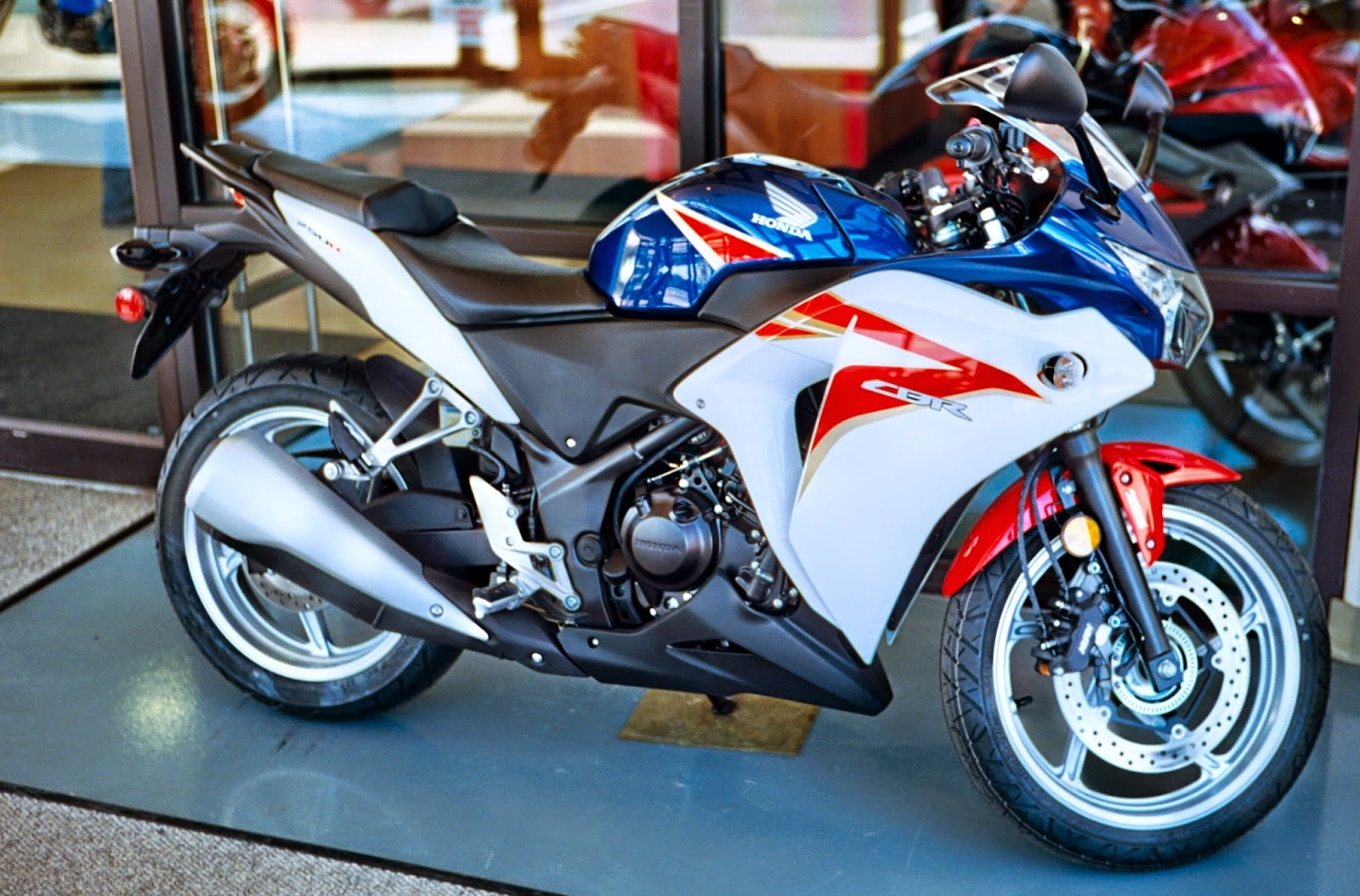 Honda CBR250R New Motorcycles Images