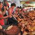 Σοκαριστικές εικόνες από την Κίνα: Γιόρτασαν το θερινό ηλιοστάσιο τρώγοντας... σκύλους