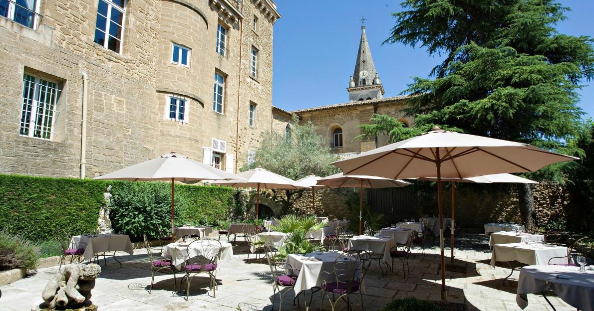 tra vino e castelli in Provenza, un Castello di lusso da ...
