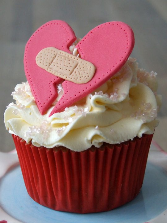 Damayanti Fanny: I m In Love.. with Cupcakes..
