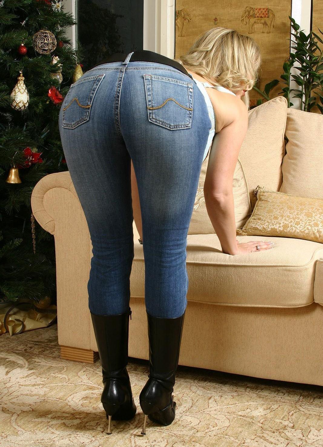 jeans Porn bending over women