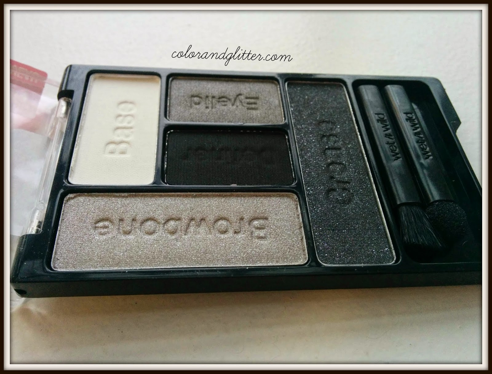 Wet n Wild Color Icon Eye Shadow Palette in Tunnel Vision