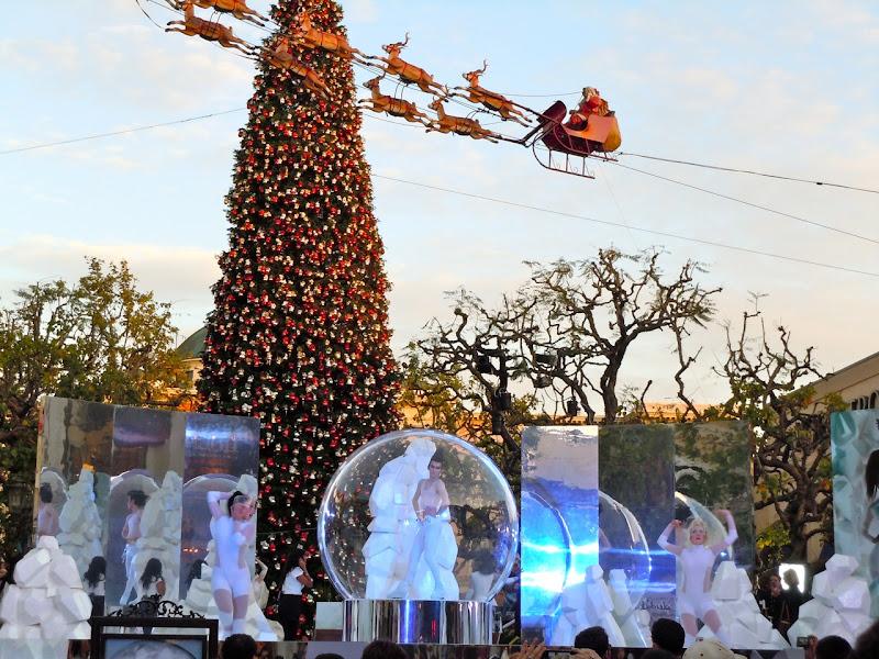Winter Wonderland skaters The Grove