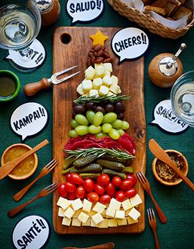 Uma tábua de aperitivos em formato de Árvore de Natal