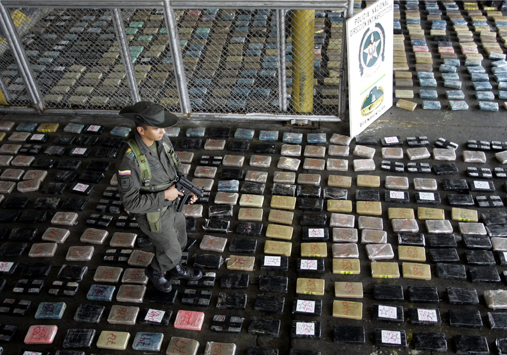 the drug war in mexico News about mexican drug trafficking (mexico's drug war), including commentary and archival articles published in the new york times.