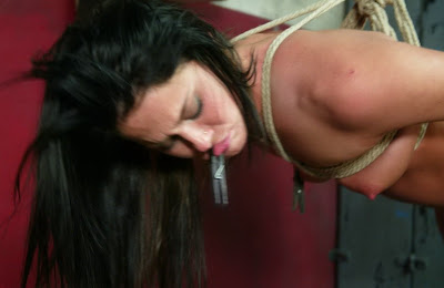 sperme collant salope au boulot