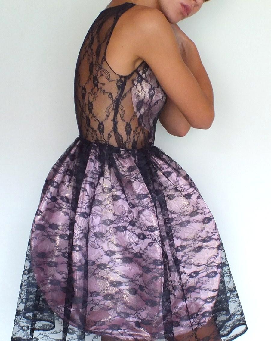bombkowa sukienka koktajlowa z fiszbinami