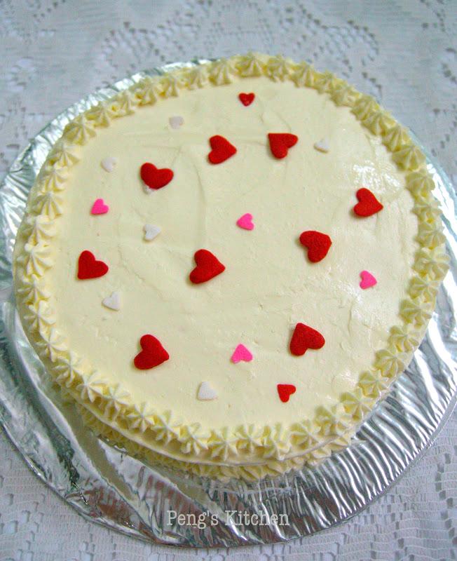 Peng s Kitchen: Strawberry Cake with Italian Meringue ...