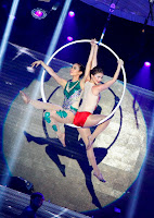 Anne Curtis and Karylle's aerial stunt