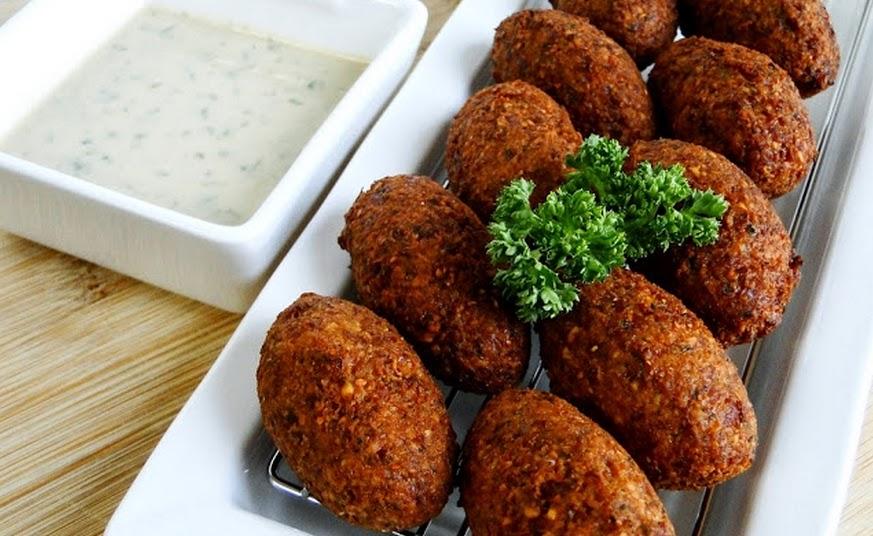 Falafel e Molho de Tahine (vegana)