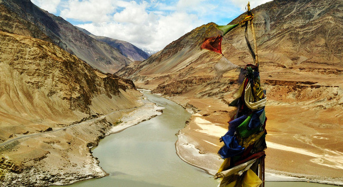 Leh Ladakh Tour Packages Makemytrip