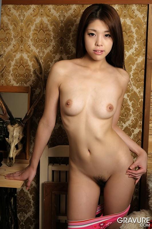 Sarah Dumont Nude