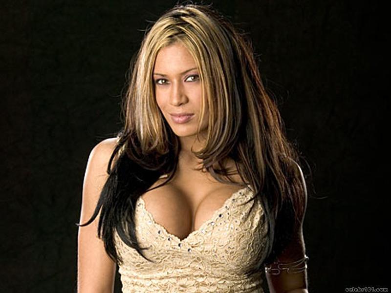 WWE Diva Melina Perez