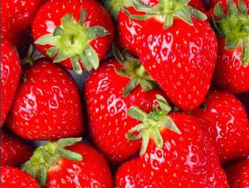 stroberi merah mungil menggoda kesehatan
