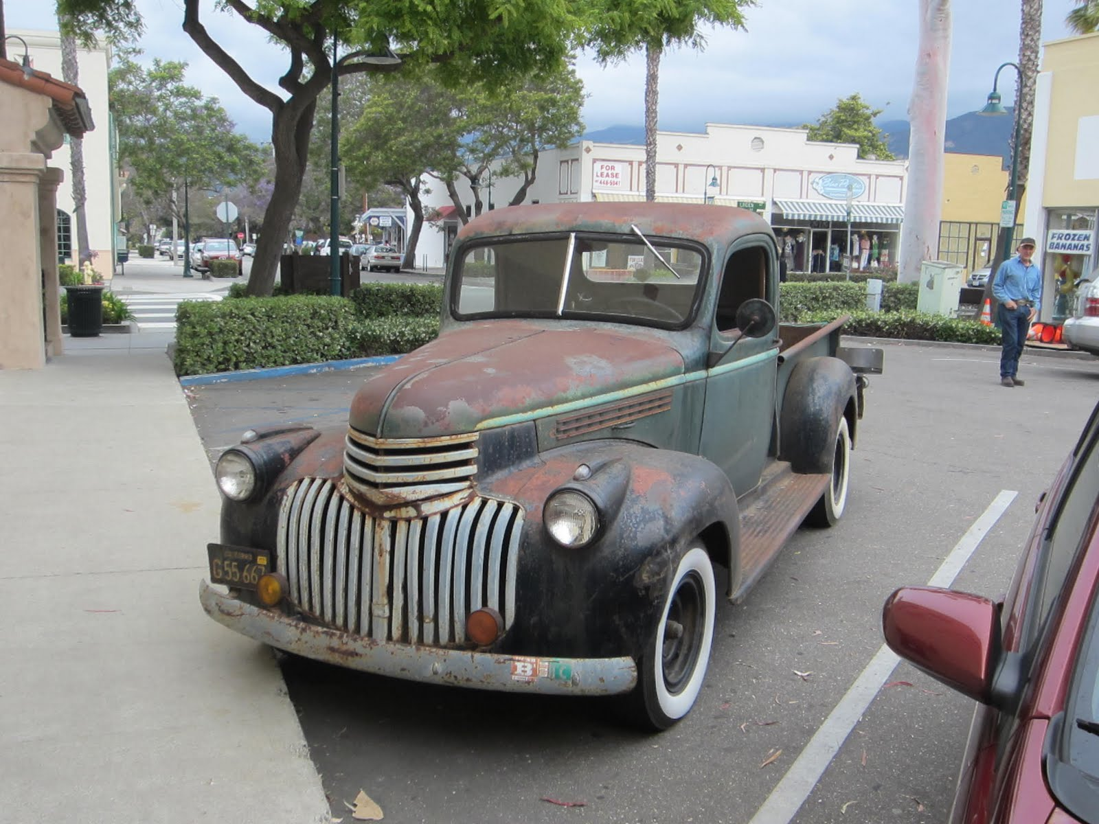 autoliterate: 1941-46 Chevrolet pickup, and The Last Picture Show