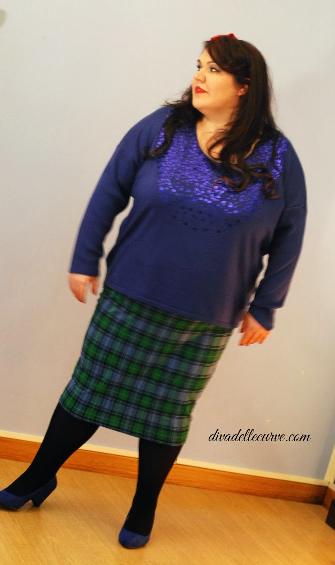 outfit plus size natalizio