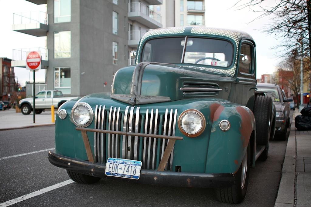 the street peep 1946 ford f series truck. Black Bedroom Furniture Sets. Home Design Ideas