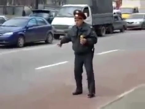 Policia borracho retube videos