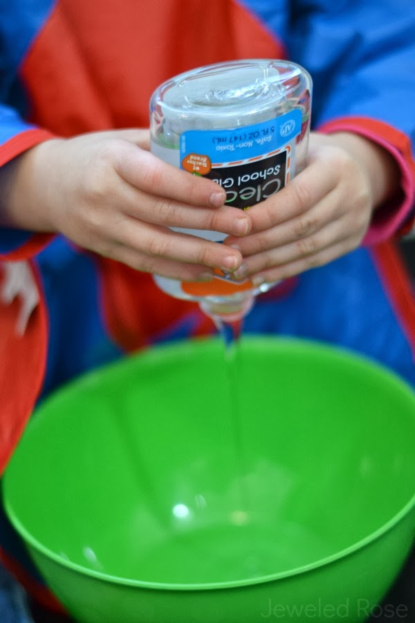 Borax FREE Slime Recipe made using only two ingredients