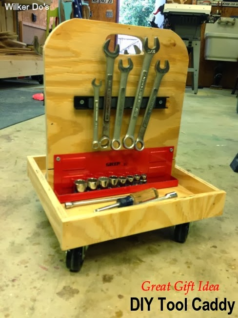 DIY Tool Caddy #giftidea #DIY #tools #giftsformen