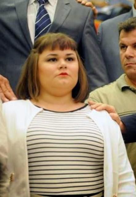 Ελένη  Ζαρούλια : Ουρανία μου, μη μασάς!