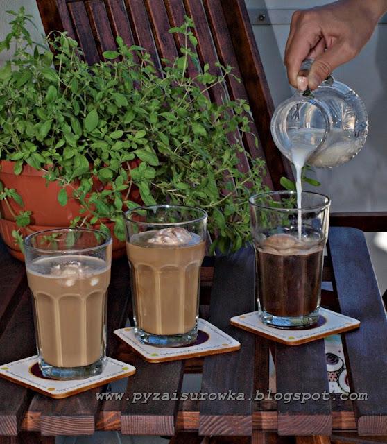 kawa mrożona z lodami