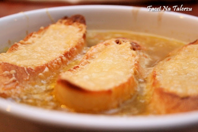 Zupa cebulowa z pieca - Gratinée des Halles