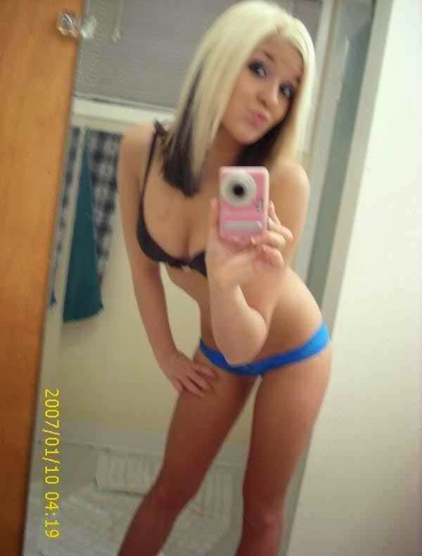 sexy blonde teen boobs selfie