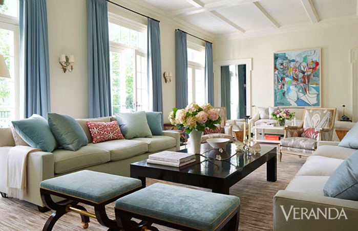 The pink pagoda blue and white monday with victoria hagan for Veranda living rooms