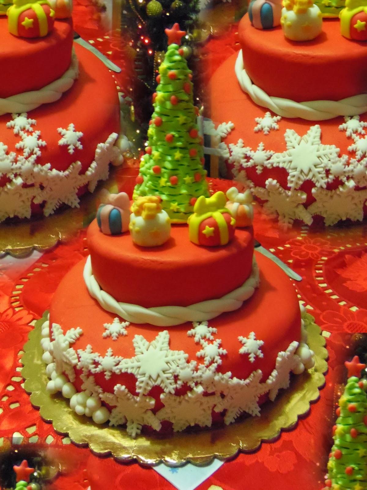 Luna di cioccolata torte decorate - Torte natalizie decorate ...
