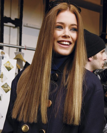 long straight hairstyles latest