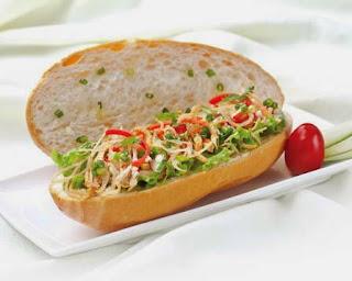 Shredded Pork Skin with Bread Recipe (Bánh Mì Bì Heo)