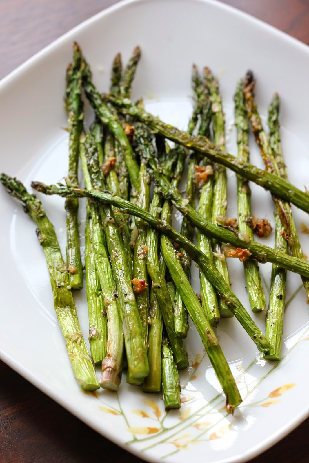 broiled-asparagus-garlic