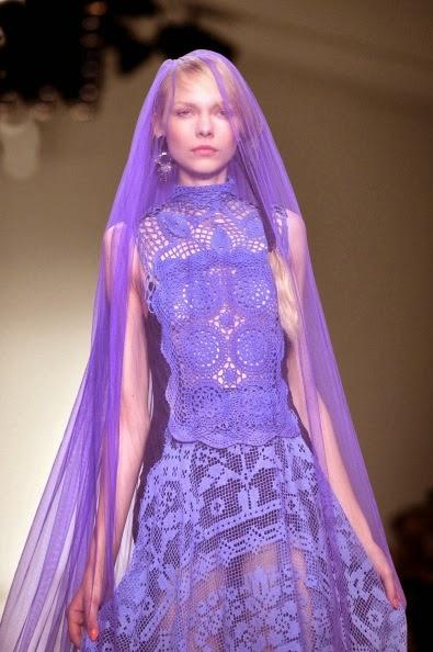 Suknia szydelkiem koronka filet